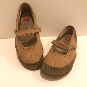 The North Face Slip On Tan Brown Shoes Size 8